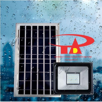 SOLAR FLOOD LIGHT 30W