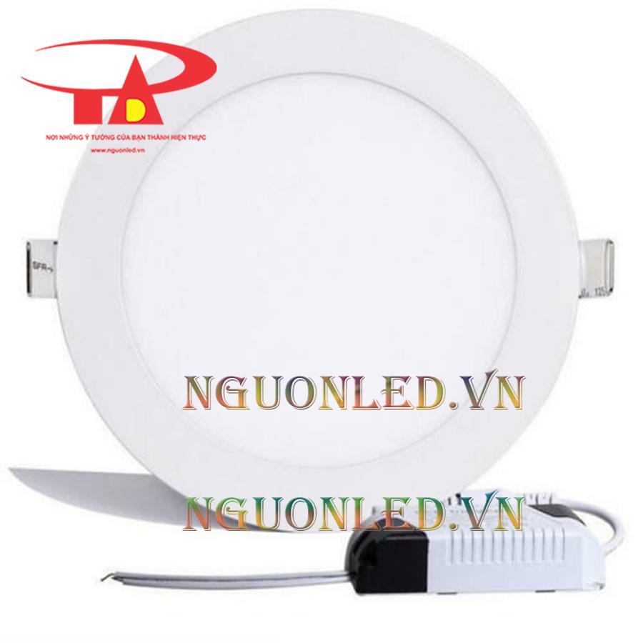 Đèn led âm trần tròn 3 màu 12w được bán tại công ty an đức phát