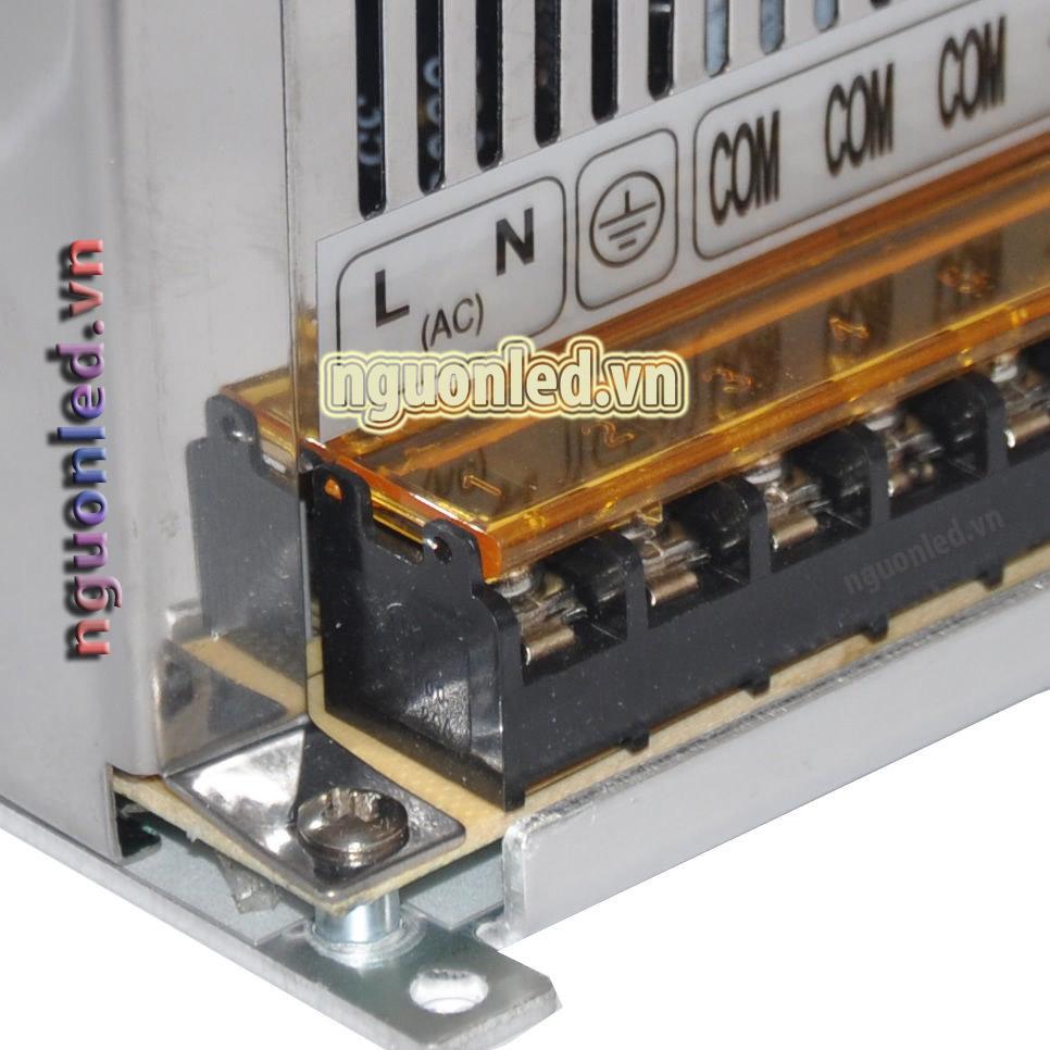 Nguồn 12V 40A loại tốt, đủ ampe, giá rẻ, chất lượng, có quạt, dùng cho camera, đèn led, nguonled.v