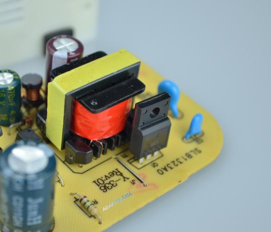 Adapter camera 12V2A loại tốt bảo hành 1 năm