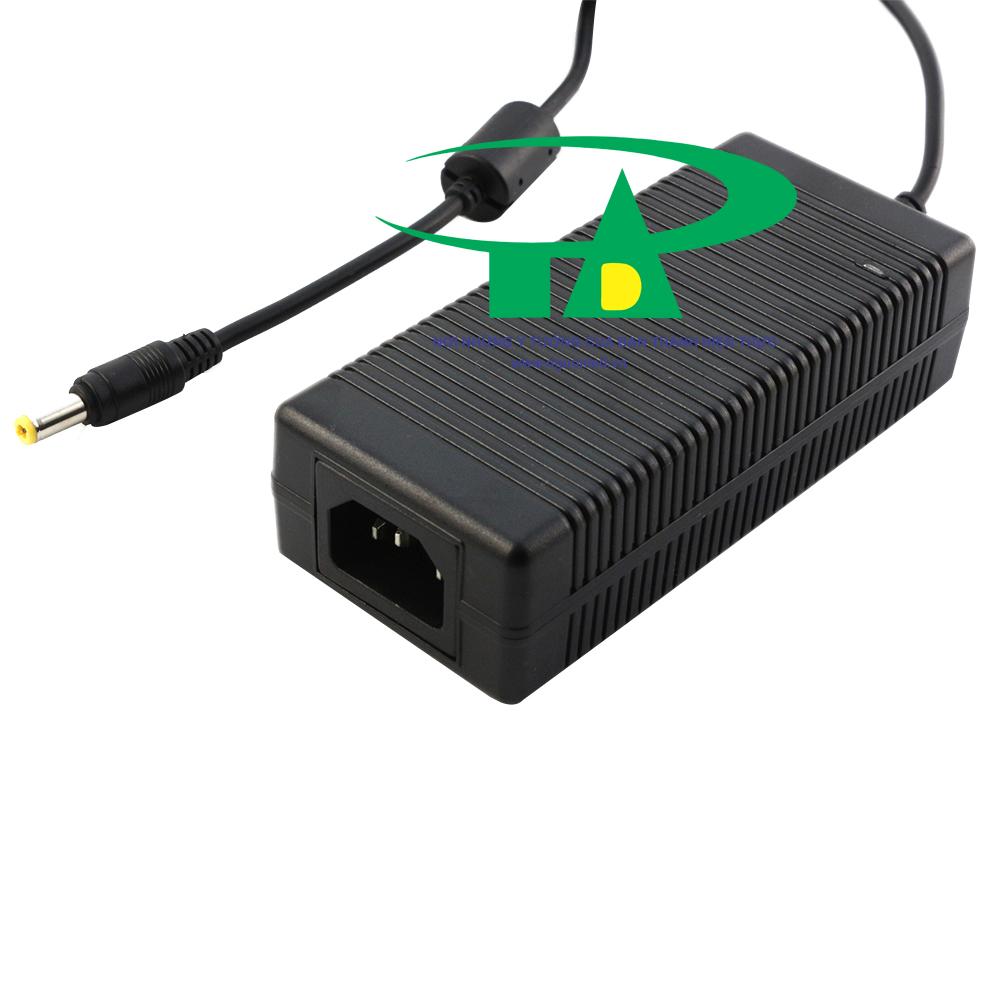 Adapter 12v 5a loại tốt, giá rẻ, dùng cho camera và đèn led
