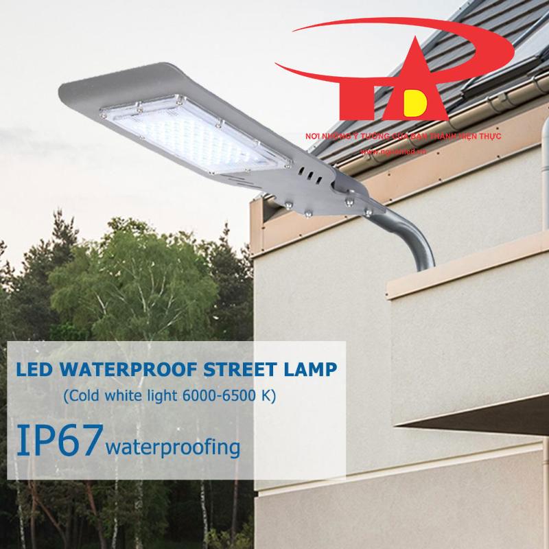 đèn đường năng lượng mặt trời 50w 48 led chống thấm nước