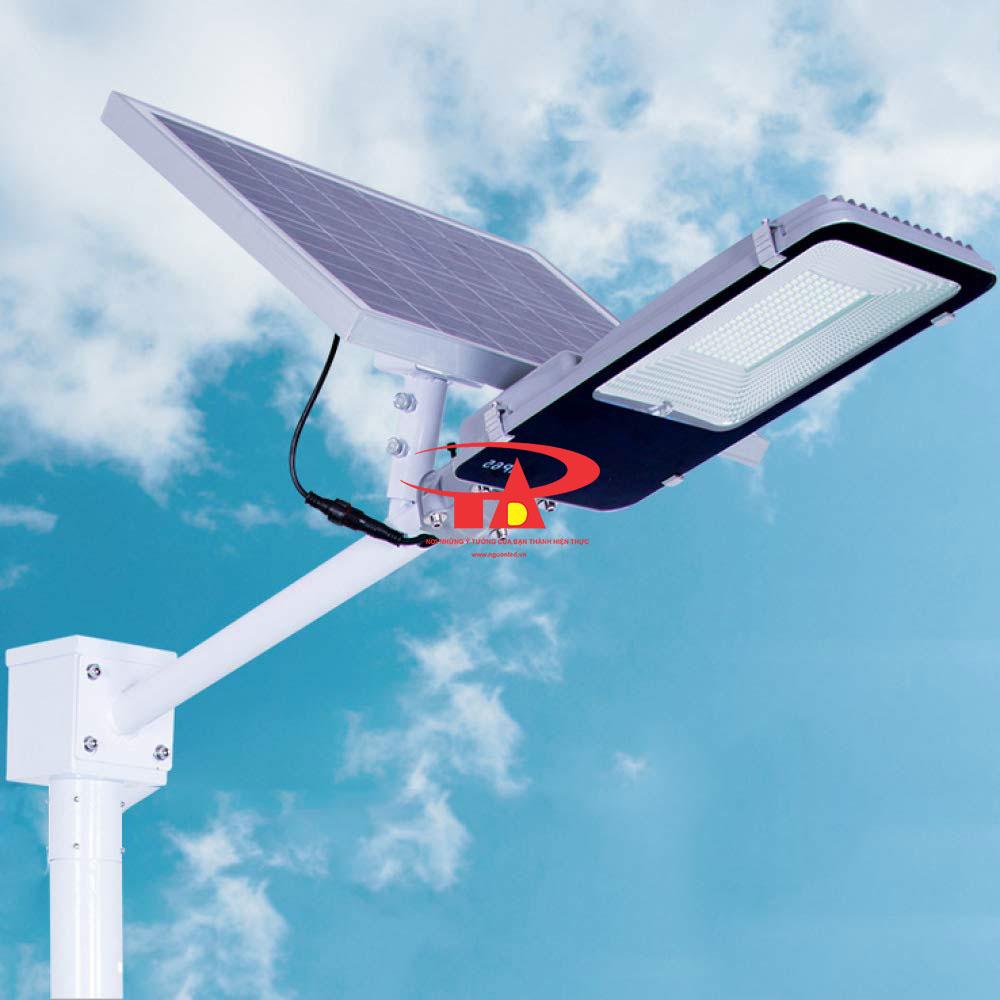 đèn chiếu đường năng lượng mặt trời 20w chiếu sáng công trình ngoài trời