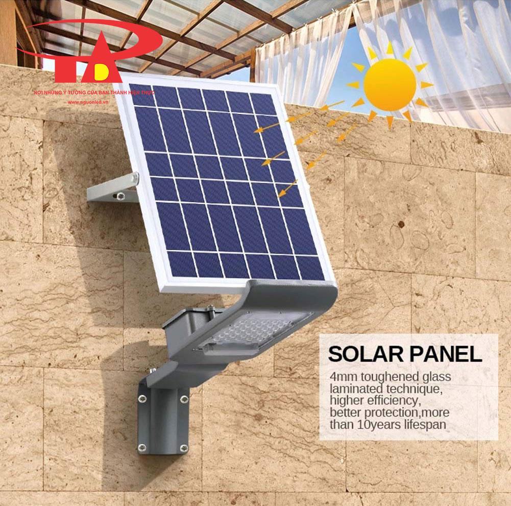 đèn đường led năng lượng mặt trời 30w thông minh