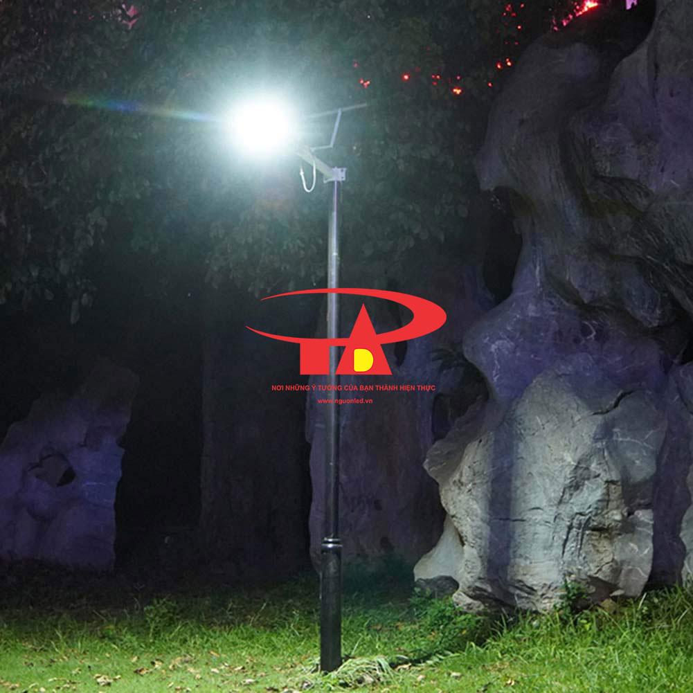 ứng dụng đèn đường năng lượng mặt trời 50w trong chiếu sáng ngoài trời