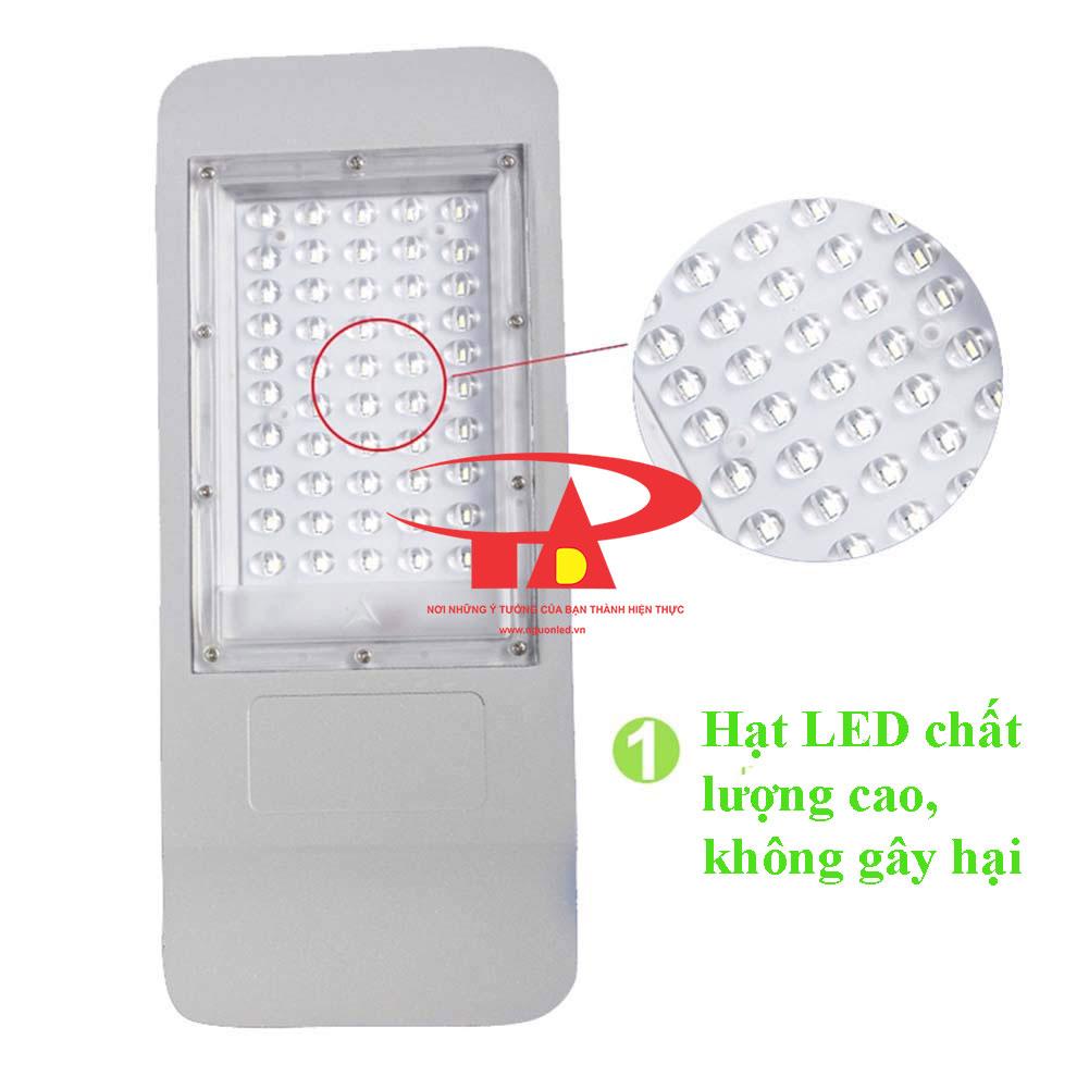 ưu điểm đèn led đường NLMT 50w hàng ngoại nhập