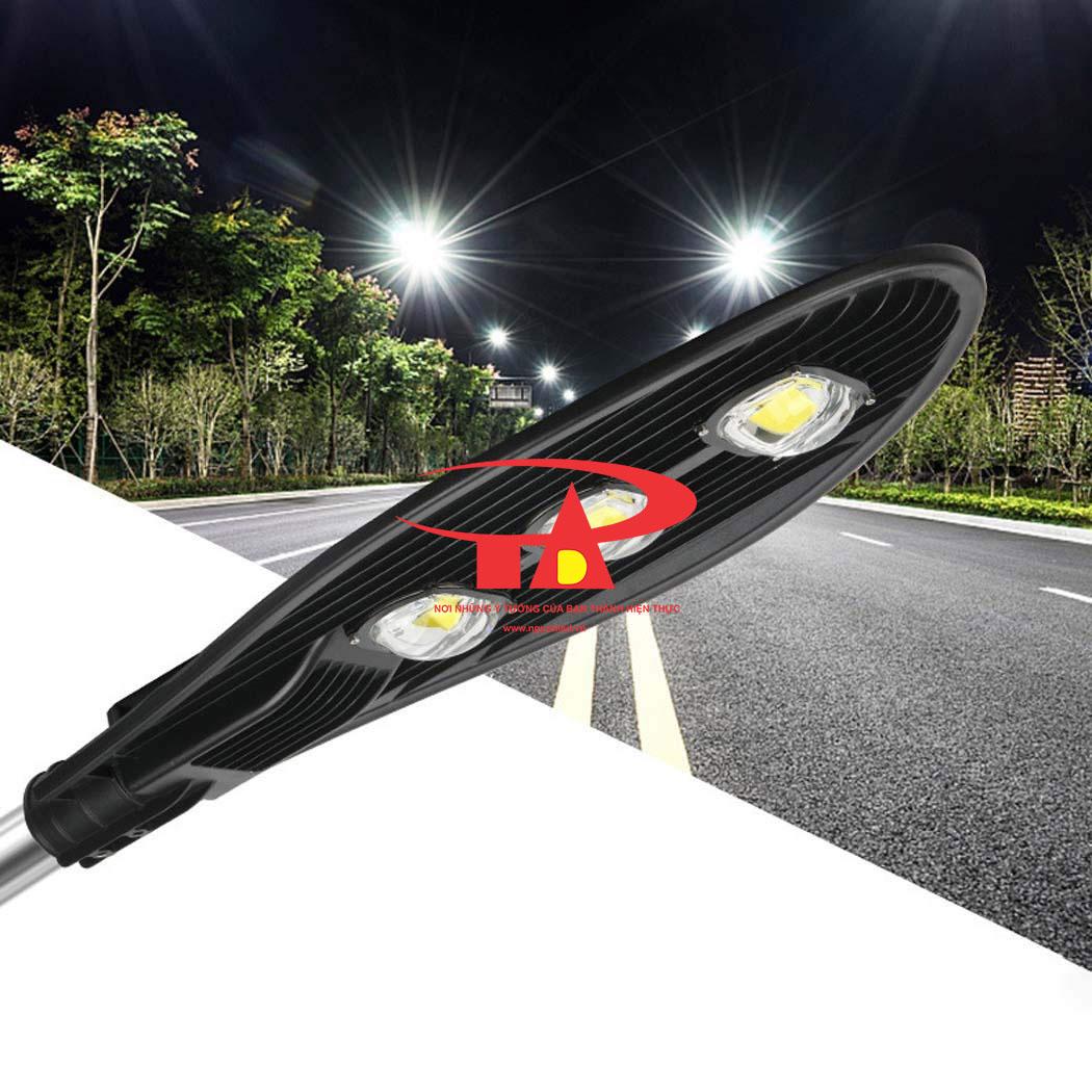 đèn đường chiếc lá năng lượng mặt trời 60w chiếu sáng đường đi