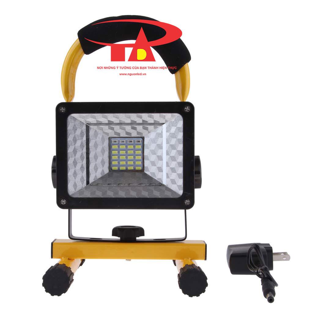 đèn pha sạc điện 30w chống thấm nước, siêu sáng