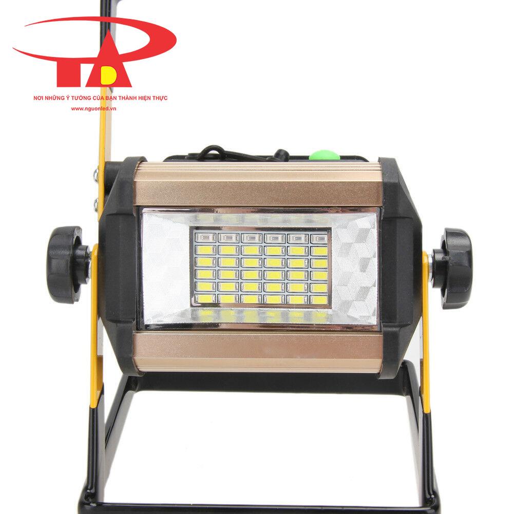 đèn pha sạc 50w chiết khấu cao tại TPHCM