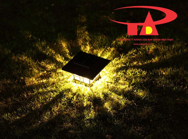 đèn trụ cổng năng lượng mặt trời chiếu sáng tốt