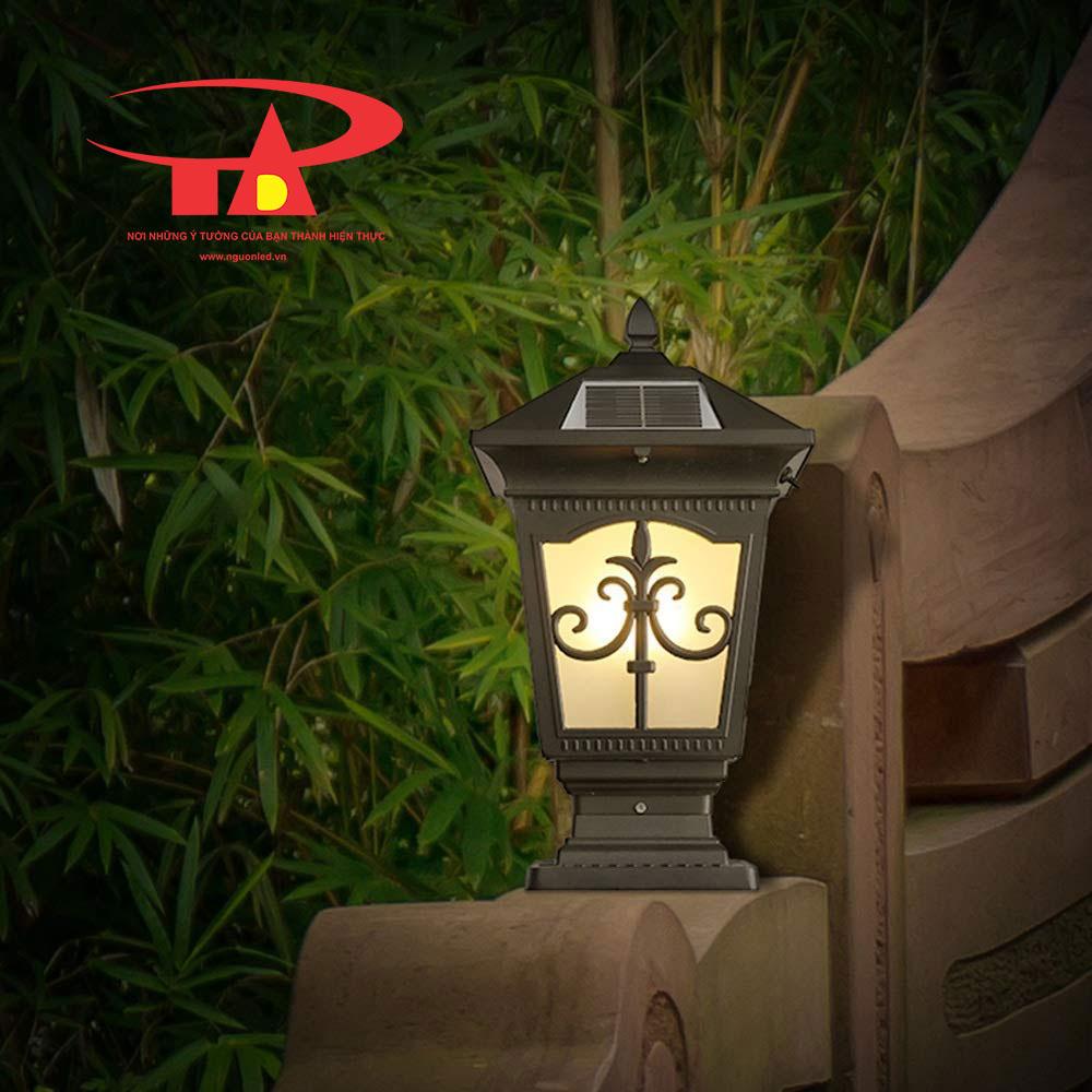 đèn trụ cổng NLMT chiếu sáng tốt, chống thấm nước An Đức Phát