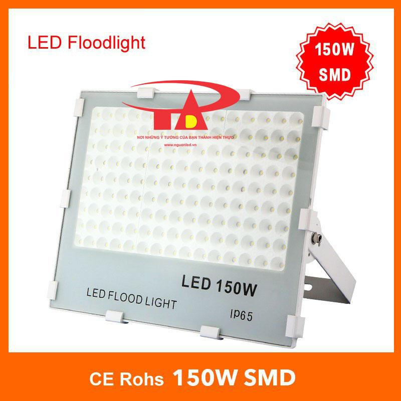 Đèn pha led 150W SMD 3030 loại tốt, giá rẻ, chất lượng, dùng chiếu sáng ngoài trời tại nguonled.vn