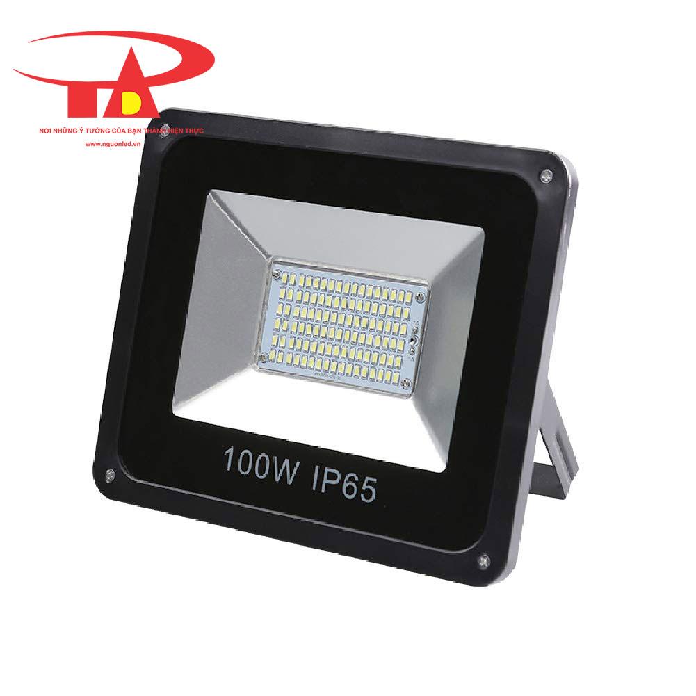 đèn led pha chiếu đường sử dụng nlmt 100w loại tốt