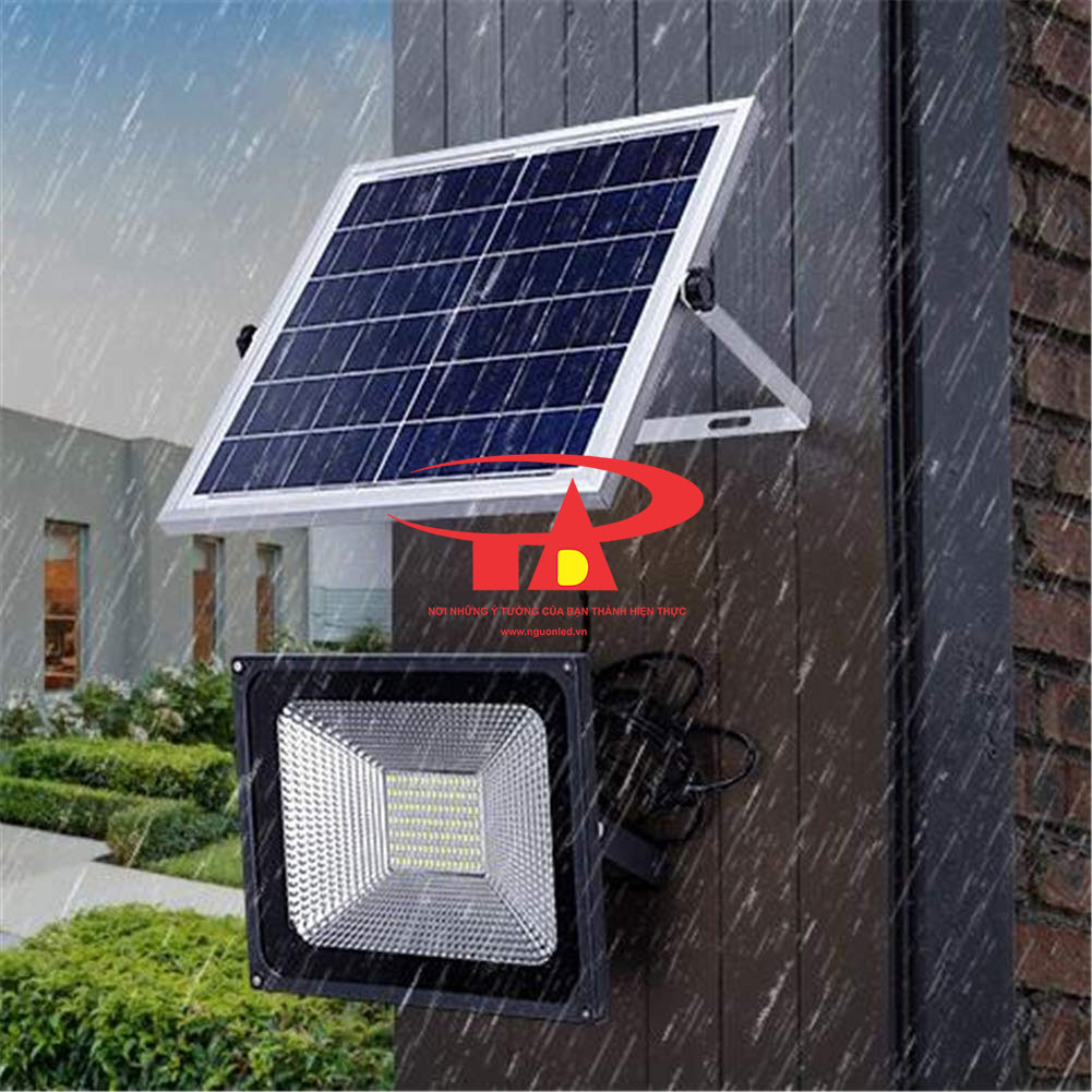 đèn led pha năng lượng mặt trời 100w loại tốt chiết khấu cao