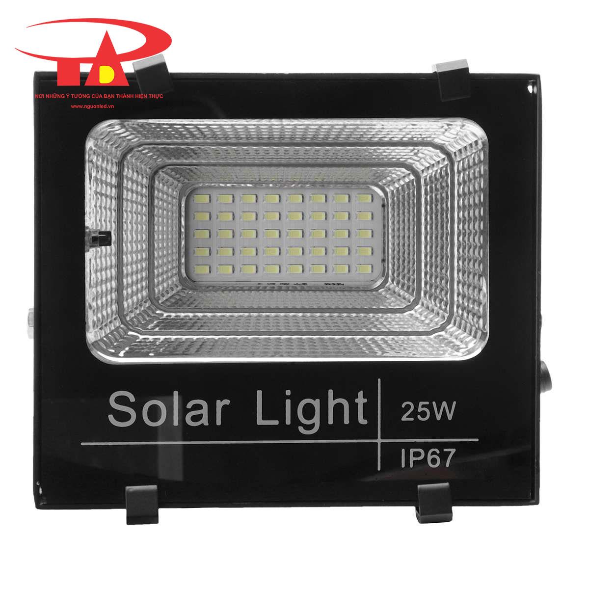 đèn pha led năng lượng mặt trời 25w chiết khấu cao, giá rẻ