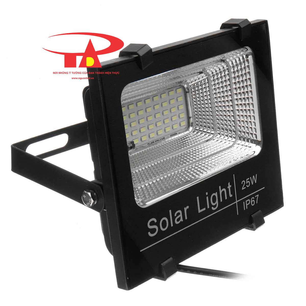 đèn led pha NLMT 25w giá rẻ, loại tốt