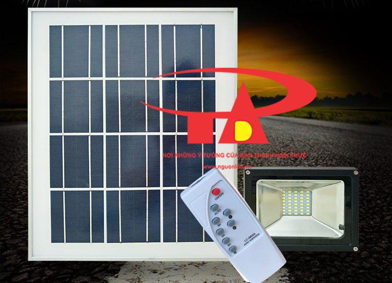 đèn pha led năng lượng mặt trời 30w chiết khấu cao, chống thấm nước
