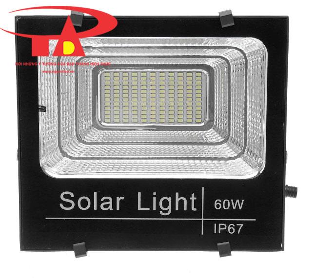 đèn pha led sử dụng năng lượng mặt trời 60w hiệu suất cao, hàng tốt