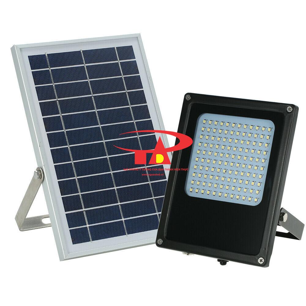 đèn pha led năng lượng mặt trời 120 led siêu sáng, chất lượng cao dùng chiếu sáng ngoài trời