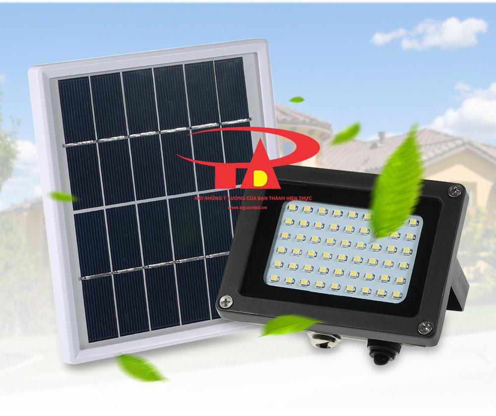 đèn pha led năng lượng mặt trời 54 led tiết kiệm điện